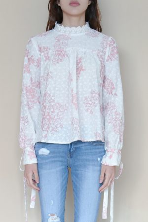 Blusa Bordada de Flores